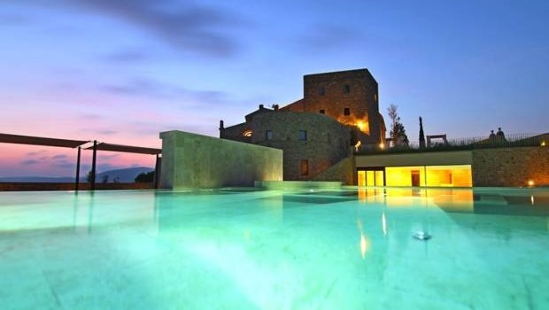 Tuscany Hotels - Castello di Velona offers outstanding facilities.