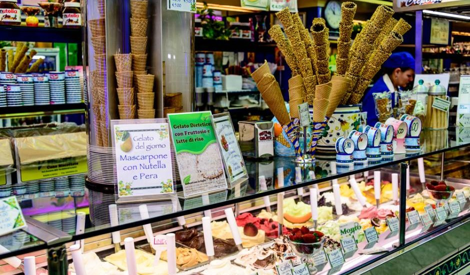 Florence Walking Tours - a gelato stop is a must!