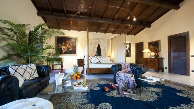Tuscany Hotels - Relais Il Bottaccio di Montignoso offers a stylish retreat.