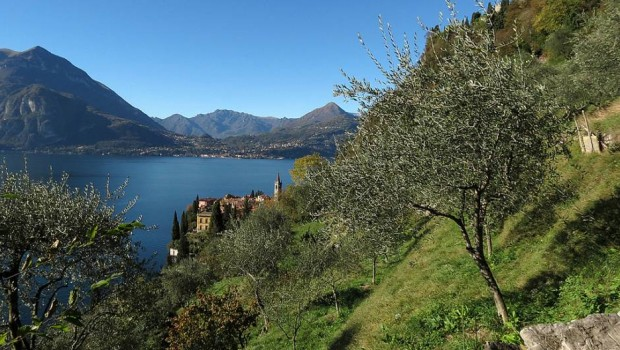 Italian Lakes - holiday in beautiful Lake Como.