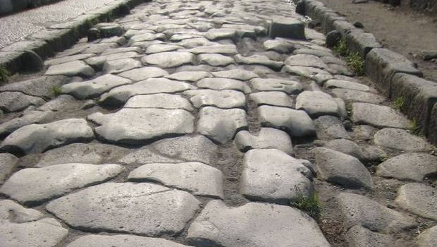 Pompeii Ruins - Pompeii road.